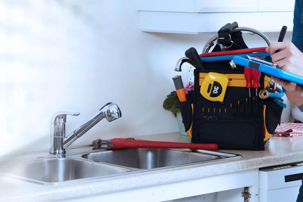 Kitchen plumbing installation